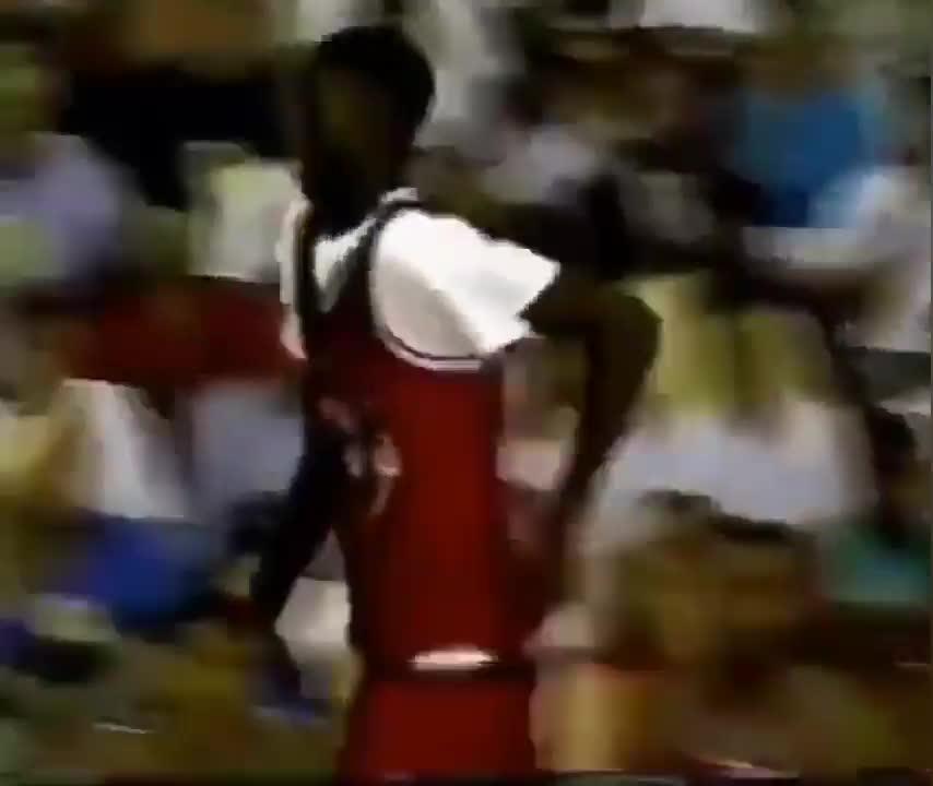 考古视频!93年耐克高中明星赛,艾弗森大战加内特!