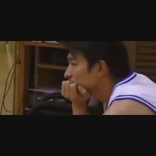 麦蜜?天王刘德华当年拍MV彩排时身着麦迪魔术1号球衣